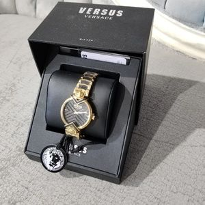 NWT Versus Versace Black and Gold Watch